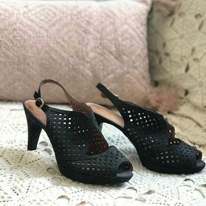 Clarks Wessex Shay pumps
